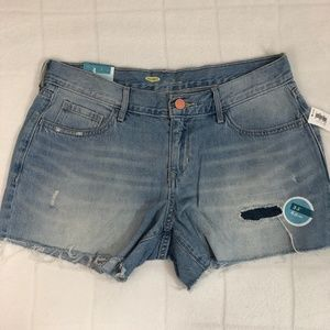 NWT Old Navy Low Rise Cut Off Shorts - Light Wash